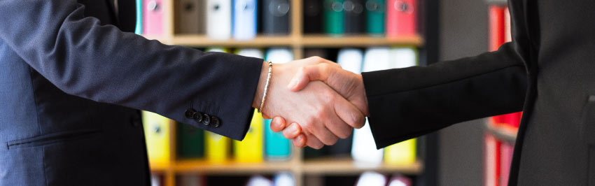 Hire-Consultants-and-Service-partners