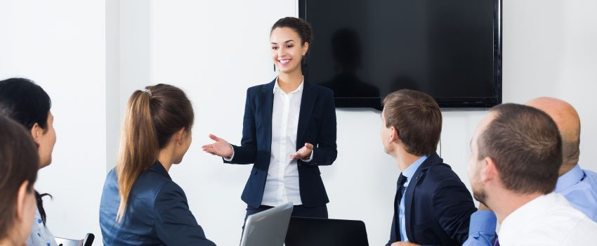 Keep-Your-Employees-Informed-About-the-Transition