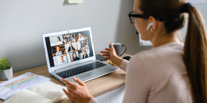 5 Ways to Effectively Train and Manage Your Remote Team