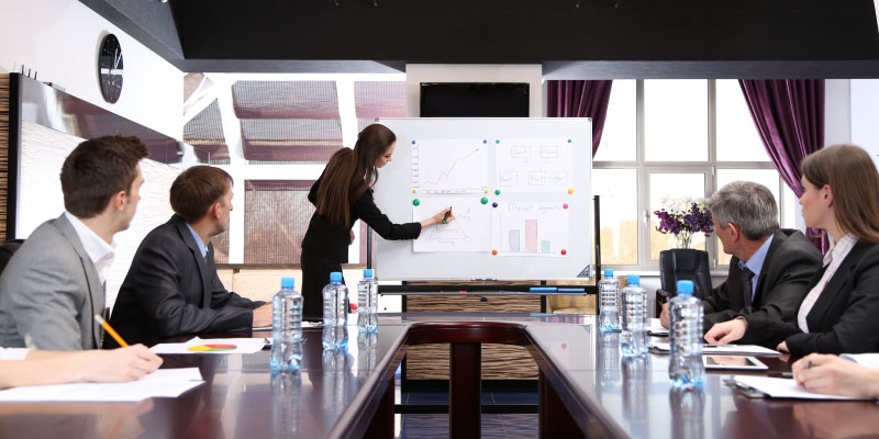 6-Tips-to-make-corporate-training-success-with-your-employees